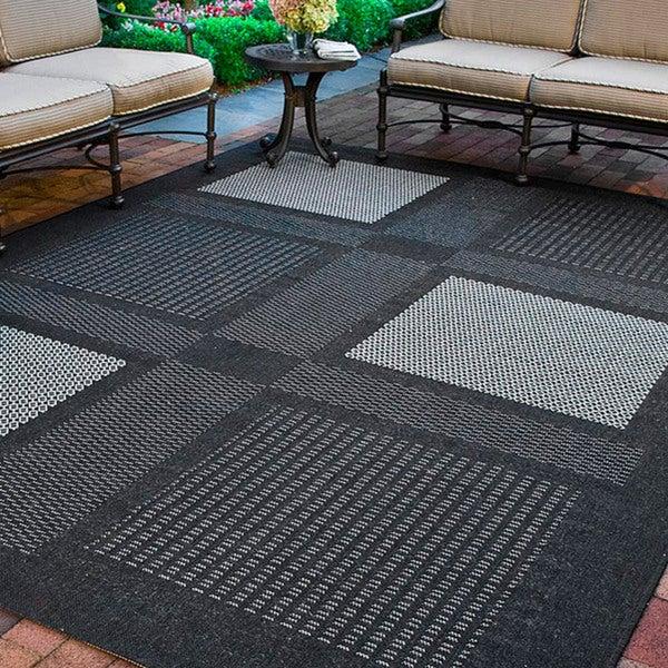 Safavieh Lakeview Black/ Sand Indoor/ Outdoor Rug (9' x 12')