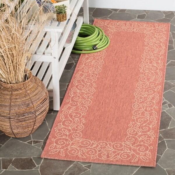 "Safavieh Courtyard Scroll Border Rust/ Sand Indoor/ Outdoor Rug - 2'3"" x 6'7"""