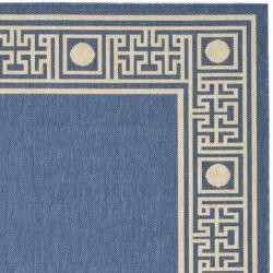 Safavieh Courtyard Blue/ Ivory Indoor/ Outdoor Rug (2'7 x 5') - Thumbnail 1