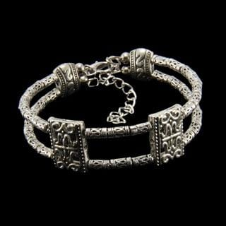 Handmade Tibetan Silver Bangle Bracelet (China)