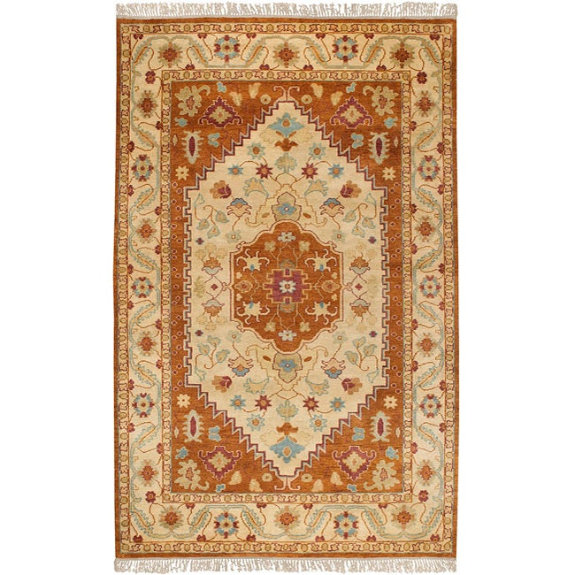 Hand-knotted 'Legacy' Beige Wool Rug (5' x 8')