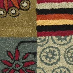 Safavieh Handmade Soho Patchwork Multi New Zealand Wool Rug (3'6 x 5'6') - Thumbnail 1