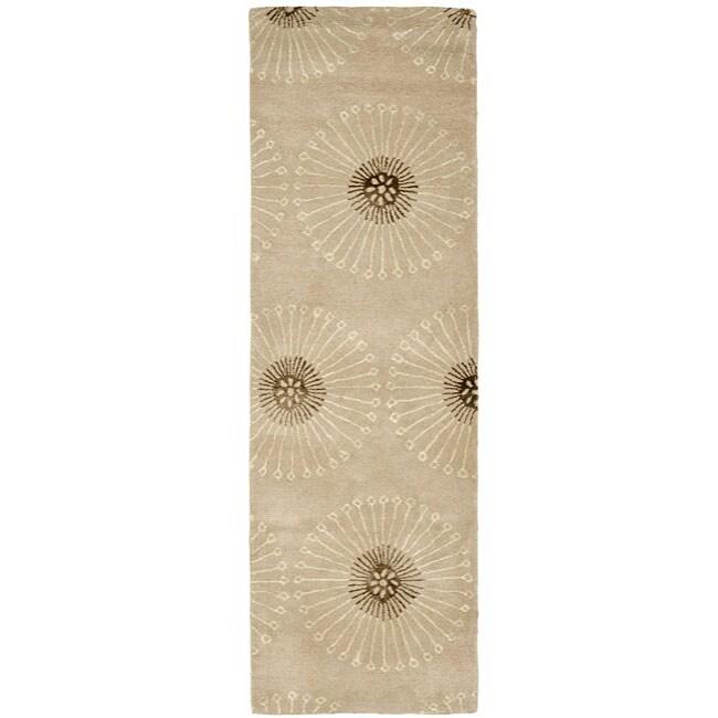 Safavieh Handmade Soho Zen Beige/ Brown New Zealand Wool Runner (2'6 x 8')