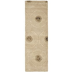 Safavieh Handmade Soho Zen Beige/ Brown New Zealand Wool Runner (2'6 x 8')