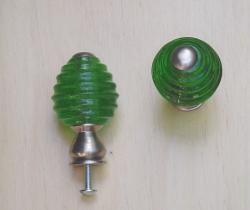 Emerald Green Beehive Glass and Satin Nickel Knobs (Pack of 5) - Thumbnail 1