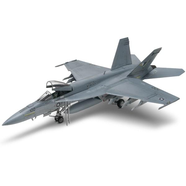 Revell 1:48 Scale Die Cast FA-18E Super Hornet Flighter Aircraft