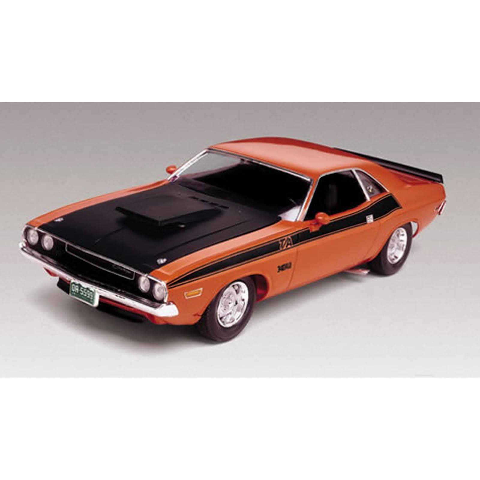 Revell 1:24 Scale 1970 Dodge Challenger Plastic Model Kit