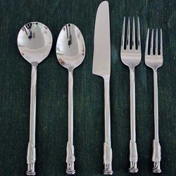 Stainless Steel Leaf 3-coil Round 20-piece Flatware Set (Thailand)