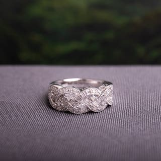 Miadora Sterling Silver 1/8ct TDW Diamond Braided Ring (H-I, I2-I3)|https://ak1.ostkcdn.com/images/products/5327901/P13133217.jpg?impolicy=medium