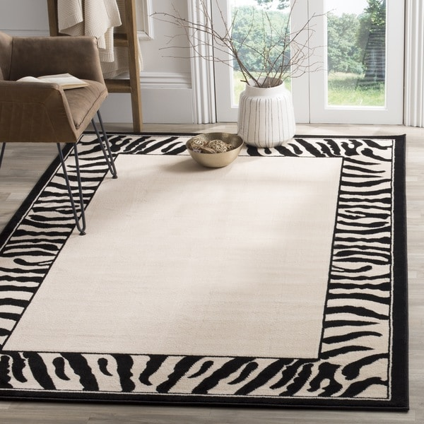 Safavieh Lyndhurst Contemporary Zebra Border Black/ White Rug - 8' x 11'