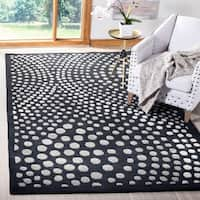 Safavieh Handmade Soho Abstract Wave Dark Grey Wool Rug - 6' x 9'