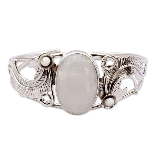 ce8b8e7c459 Handmade Sterling Silver 'Eternal Glow' Moonstone Cuff Bracelet (