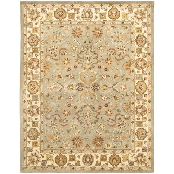 Safavieh Handmade Heritage Traditional Oushak Light Green/Beige Wool Rug (4' x 6')
