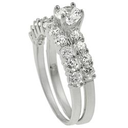 Journee Collection  Sterling Silver round CZ Bridal Engagement Ring Set - Thumbnail 1