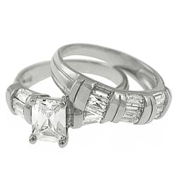 Journee Collection Silver Emerald and Baguette-cut CZ Bridal-style Ring Set