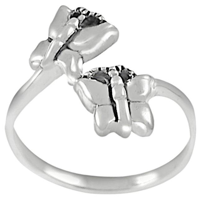 Journee Collection  Sterling Silver Double Butterfly Bypass Ring