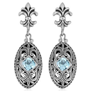 Handmade Sterling Silver Blue Topaz 'Cawi' Earrings (Indonesia)