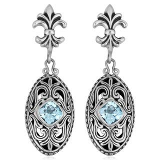 Handmade Sterling Silver Blue Topaz 'Cawi' Earrings (Indonesia) https://ak1.ostkcdn.com/images/products/5494775/P13279224.jpg?impolicy=medium