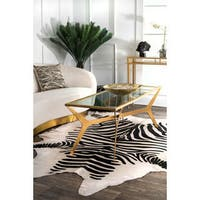 nuLOOM Hand-picked Brazilian Black / White Zebra Cowhide Rug (5' x 7') - 5' x 7'