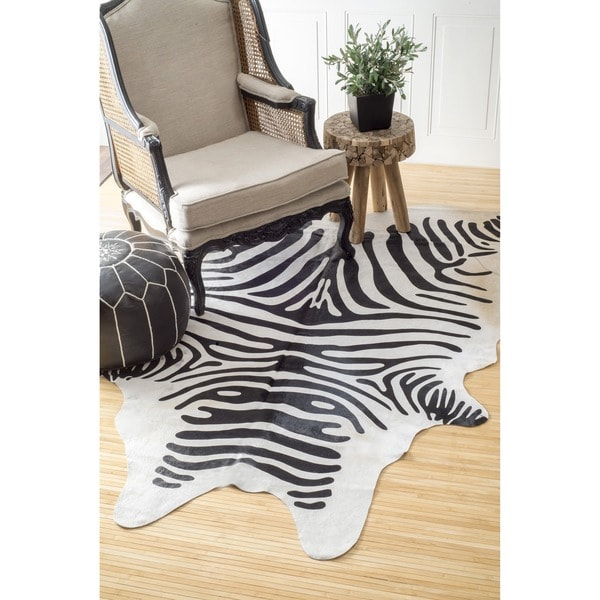 Nuloom Hand Picked Brazilian Black White Zebra Cowhide Rug 5 X27
