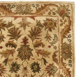 Safavieh Handmade Heritage Ivory Wool Runner (2'3 x 12') - Thumbnail 1