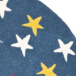 Safavieh Handmade Novelty Stars Blue Wool Rug (3' Round) - Thumbnail 1