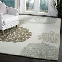 "Safavieh Handmade Soho Botanical Light Grey N. Z. Wool Rug - 9'6"" x 13'6"""