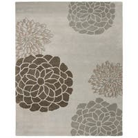 "Safavieh Handmade Soho Botanical Light Grey N. Z. Wool Rug - 7'6"" x 9'6"""