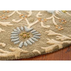 Safavieh Handmade Moroccan Cambridge Paradise Moss Green Wool Rug (6' Round) - Thumbnail 2