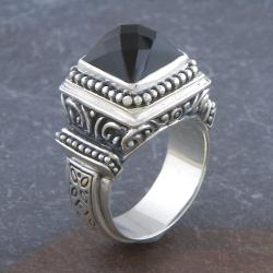 Sterling Silver 'Cawi' Ornamented Black Onyx Ring (Indonesia)