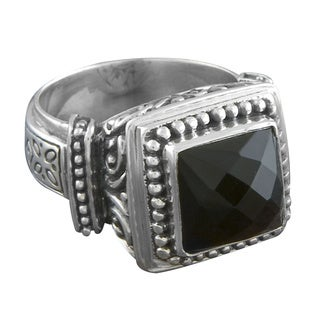 Handmade Sterling Silver 'Cawi' Ornamented Black Onyx Ring (Indonesia)