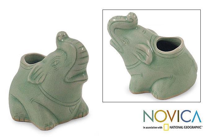 Celadon Ceramic 'Forest Call' Pencil Holder (Thailand)
