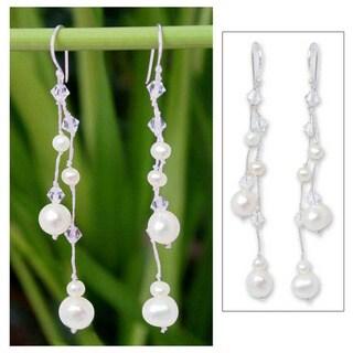 Handmade Sterling Silver 'White Iridescence' Pearl Earrings (4-8mm) (Thailand)