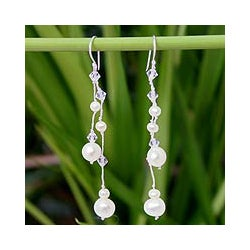 Sterling Silver 'White Iridescence' Pearl Earrings (4-8mm) (Thailand)