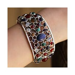 Handmade Sterling Silver Shimmering Confetti Multicolor Gemstone Cuff Bracelet (India)