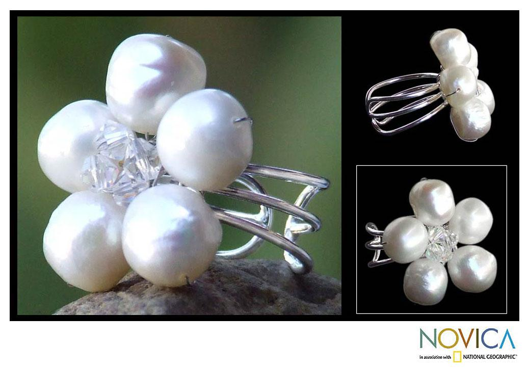 Handmade Sterling Silver 'White Blossom' Cultured Pearl Ring (8 mm) (Thailand)