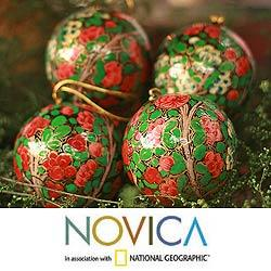 Handmade Set of 4 Paper Mache 'Holiday Exuberance' Ornaments (India)