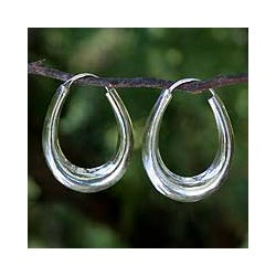 Modern Treasure of Light Weight Highly Polished 925 Sterling Silver Elongated Modern Womens Endless Hoop Earrings (Thailand)