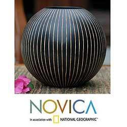 Mango Wood 'Black Deco Globe' Vase (Thailand)