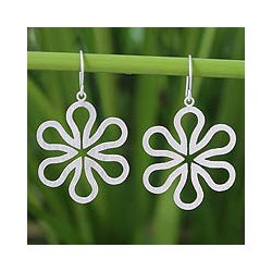 Sterling Silver 'Dancing Daisies' Flower Earrings (Thailand)