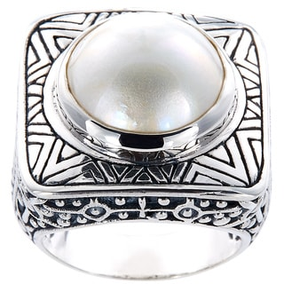 Handmade Sterling Silver Detailed Square Mabe Pearl Dome Ring (13 mm) (Indonesia)