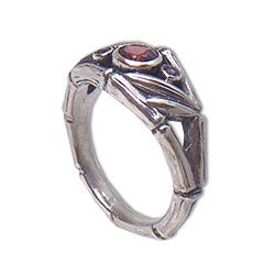 Sterling Silver 'Bamboo Mambo' Amethyst and Garnet Ring (Indonesia)