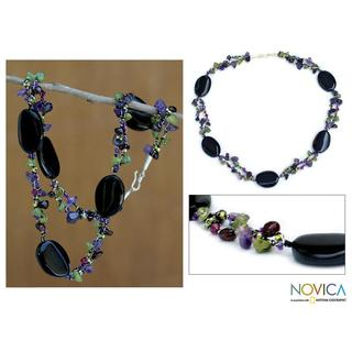 'Enchantment' Handcrafted Onyx and Amethyst Beaded Necklace (Thailand)