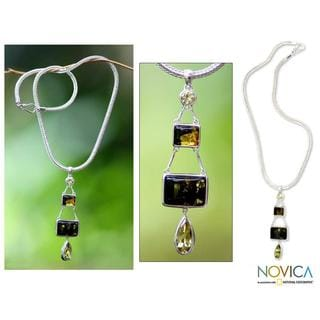 Handmade Sterling Silver 'Prosperity' Amber Dangle Necklace (Indonesia)