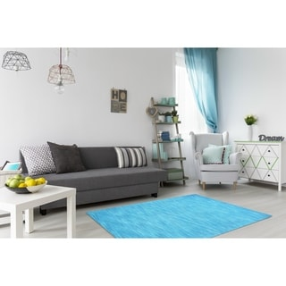 Hand-tufted Fusion Blue Wool Rug (5' x 8') - 5' x 8'