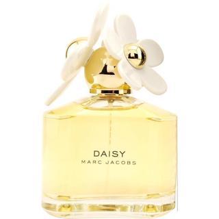 Marc Jacobs Daisy Women's 3.4-ounce Eau de Toilette (Unboxed) Spray https://ak1.ostkcdn.com/images/products/5551008/P13324987.jpg?_ostk_perf_=percv&impolicy=medium