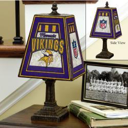 Minnesota Vikings 14-inch Art Glass Lamp - Thumbnail 1