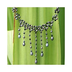 Handmade Steel 'Rain Shower' Black Freshwater Pearl Necklace (4-8 mm) (Thailand)