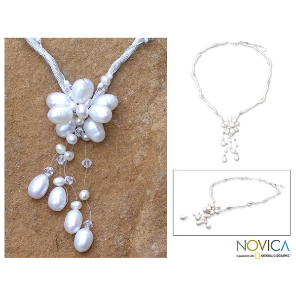 'Flower of Siam' Freshwater Pearl Necklace (4-8 mm) (Thailand)