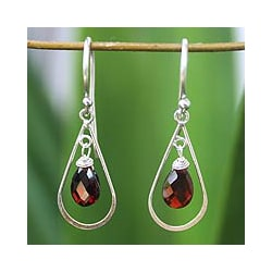 Handmade Sterling Silver 'Precious' Garnet Earrings (Thailand)